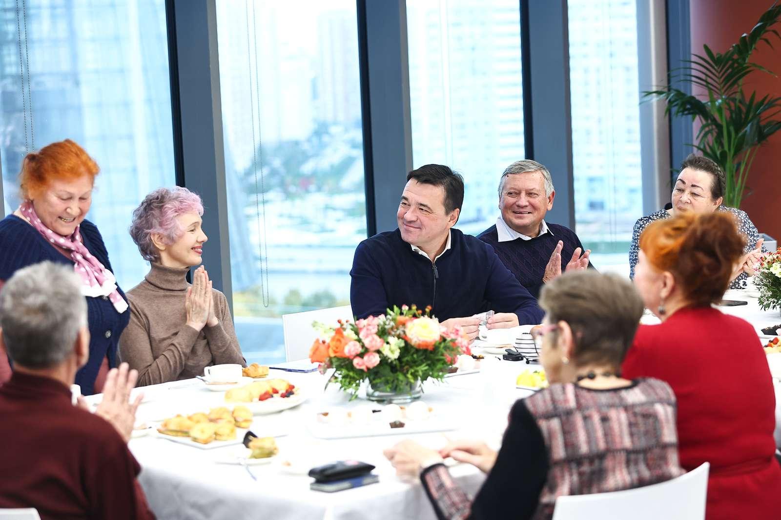 Современные и увлеченные. Как «Активное долголетие» помогает старшему поколению Подмосковья развиваться и путешествовать   Изображение 1